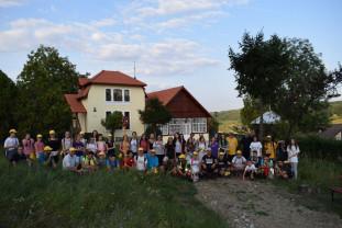 Tineri greco-catolici din Oradea, pe urmele strămoșilor - Pelerinaj la Sighet