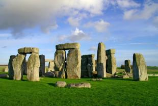 Blocurile incluse în monumentul megalitic de la Stonehenge - Venerabile pietre albastre