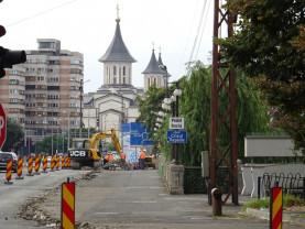 Tramvaiele circulă pe podul Dacia