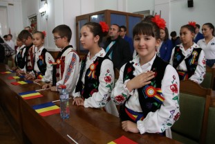 """Simpozion aniversar, la Oradea - """"Importanța zilei de 9 Mai pentru România"""""""