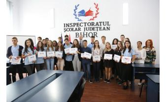 Inspectoratul Școlar Judeţean - Elevii de zece la bacalaureat și evaluare, premiați