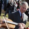 Moştenitorul tronului britanic în vizită oficială la Bucureşti - Decorat cu Steaua României