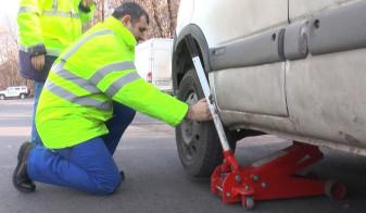 Mii de vehicule verificate în trafic - Zeci de maşini, pericol public
