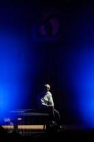 Actorul Eugen Țugulea, recital de Ziua Internațională a Poeziei - Cântarea pătimirii noastre