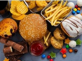 Marea Britanie - Reclamele la mâncare nesănătoasă vor fi interzise pe timpul zilei