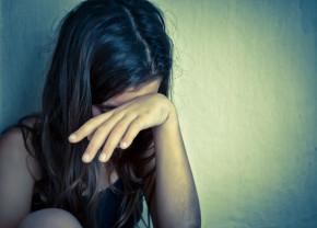 Bărbatul și-a abuzat sexual fiica de 13 ani - Pedeapsă redusă
