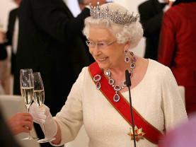 Regina Marii Britanii a împlinit 94 de ani - O aniversare discretă