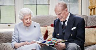 Cel mai longeviv cuplu din istoria monarhiei britanice - Regina Elisabeta şi prinţul Philip sărbătoresc 73 de ani de căsătorie