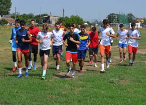 """Luceafărul Oradea și-a reluat antrenamentele - """"Ne dorim promovarea tinerilor din Bihor"""""""
