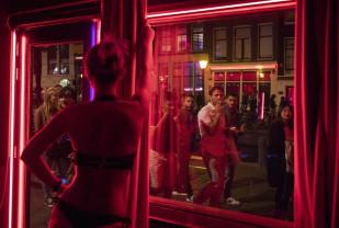 Amsterdam. Primarul încearcă să regândească funcționalitatea zonei - Reformă în Cartierul roşu