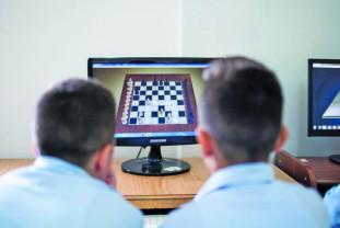 """Competiție de șah în mediul online - Memorialul """"Dan Mihai Carțiș"""" la șah fulger"""