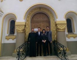 """Catedrala Episcopală Ortodoxă """"Învierea Domnului"""" din Oradea - Elogiu satului românesc"""