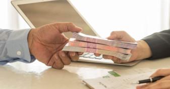 Angajata unei instituții financiare și încă o orădeancă, ar fi obținut ilegal 25 de împrumuturi - Credite cu acte false