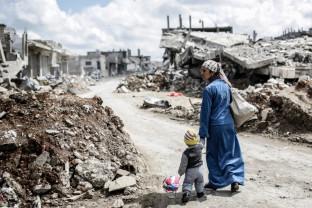 După zece ani de război devastator în Siria - Marile puteri nu pot impune pacea