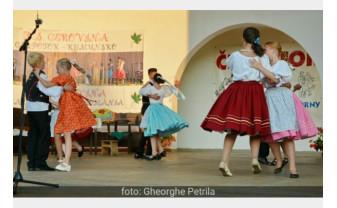 În acest sfârșit de săptămână, la Valea Cerului - Festivalul Folcloric Internaţional al Tineretului Slovac
