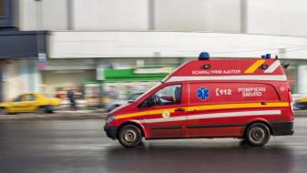 Oradea, strada Morii. O femeie şi-a pierdut viaţa după ce a căzut de la etajul patru