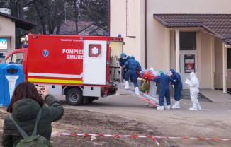 În toată ţara sunt 40 de autospeciale SMURD care transportă pacienţii infectaţi - O zi de muncă în epidemie