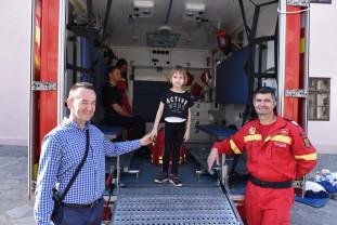 Cetatea Oradea. Ateliere de prezentare, ambulanţe şi mulţi curioşi - 26 de ani de SMURD
