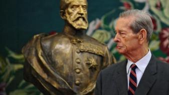 Ministerul Culturii va finanța lucrarea - Statuia Regelui Mihai