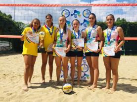 Campionatul Național de volei pe plajă - Șteiencele, medaliate cu bronz