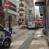 Un camion a intrat în mulţime, focuri de armă în zone aglomerate - Atac terorist în Suedia