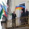 """Tokes vrea conciliere între toate etniile din Transilvania - A arborat """"drapelul Ardealului"""""""