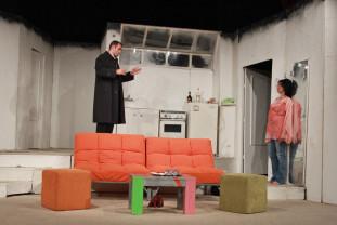 O comedie de neratat la Teatrul Regina Maria - Desculț în parc, de Neil Simon
