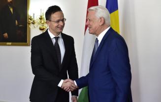 """Ministrul ungar a solicitat ignorarea deciziilor instanțelor judecătorești - """"Interveniţi în justiţie!"""""""