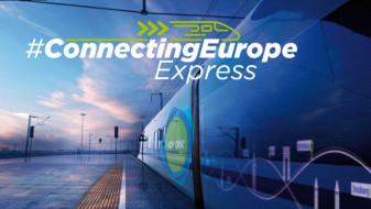"""Sâmbătă, 18 septembrie, trenul """"Connecting Europe Express"""" - Ajunge la Oradea"""