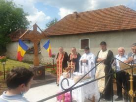 Satul Birtin, comuna Vadu Crișului - Triplă sărbătoare religioasă