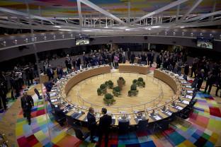 Lupte şi negocieri pentru succesiunea lui Junker - Summit UE cu miză uriaşă