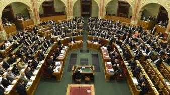 Parlamentarii din Ungaria adoptă legea anti-LGBT înainte de alegeri - Fidesz se radicalizează