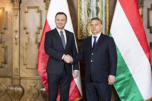 Nu vor ca banii europeni să fie condiționați de respectarea statului de drept - Ungaria și Polonia blochează bugetul