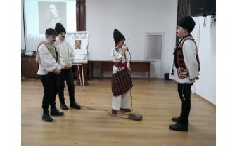 La monumentul martirilor Ioan Ciordaș și Nicolae Bolcaș - Unirea Principatelor, aniversată la Beiuș!
