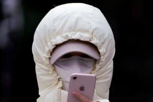Milioane de oameni se joacă sau văd filme pe smartphone - Plictiseală în Wuhan