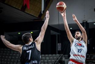 """""""Roş-albaştrii"""" se simt bine în Turcia - Al zecelea succes în FIBA Europe Cup"""