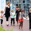 Angelina Jolie, consolată de Johnny Depp - Se mută cu copiii în Malibu