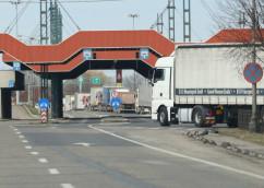 Valori de trafic crescute la automarfare, la graniţa cu Ungaria - Aglomerație în Borș