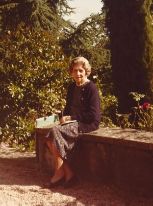 Regina-mamă Elena, înmormântarea din 1982 și descendența imperială - Reîntoarcea în România