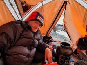 Alpinist scoţian de aproape 70 de ani, găsit decedat în Himalaya - K2 a mai făcut o victimă