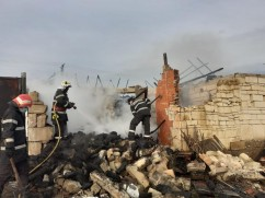 Pompierii în acţiune - Incendii în Bicăcel și Peștiș