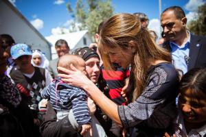 Ofensiva militară turcă în Siria generează noi probleme umanitare - Un nou val de refugiaţi