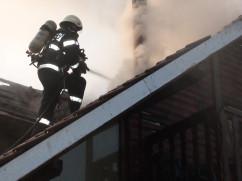 Incendii generate de coșurile de fum necurățate - Pompieri în misiuni